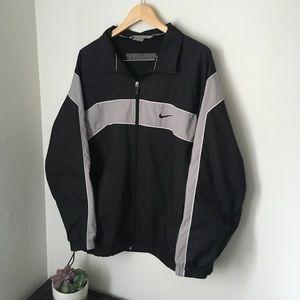 Vintage black and grey Nike windbreaker